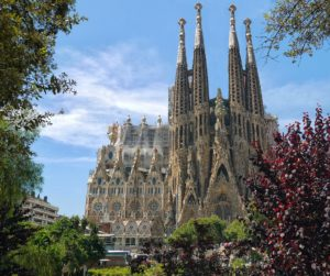 la sagrada familiar fromlusttilldawn.com barcelona spain