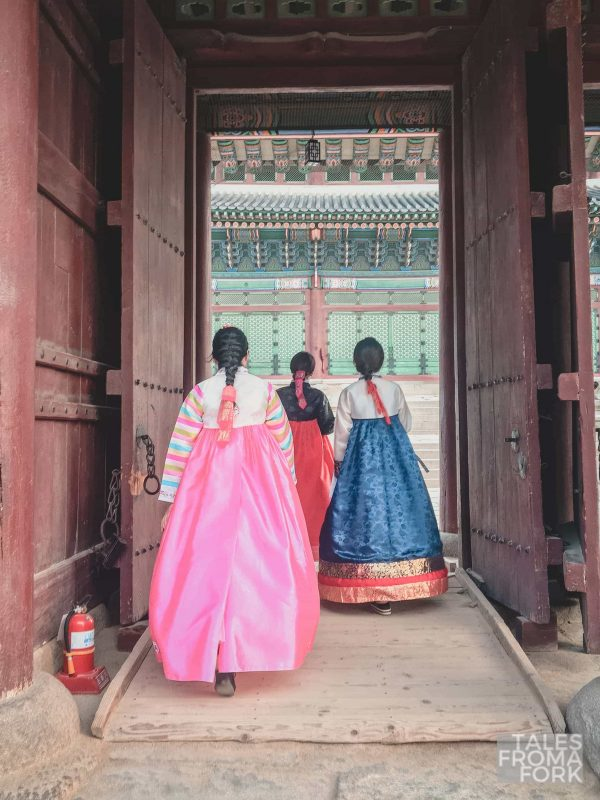 Renting and wearing a hanbok  is one of the best things to do in Korea
