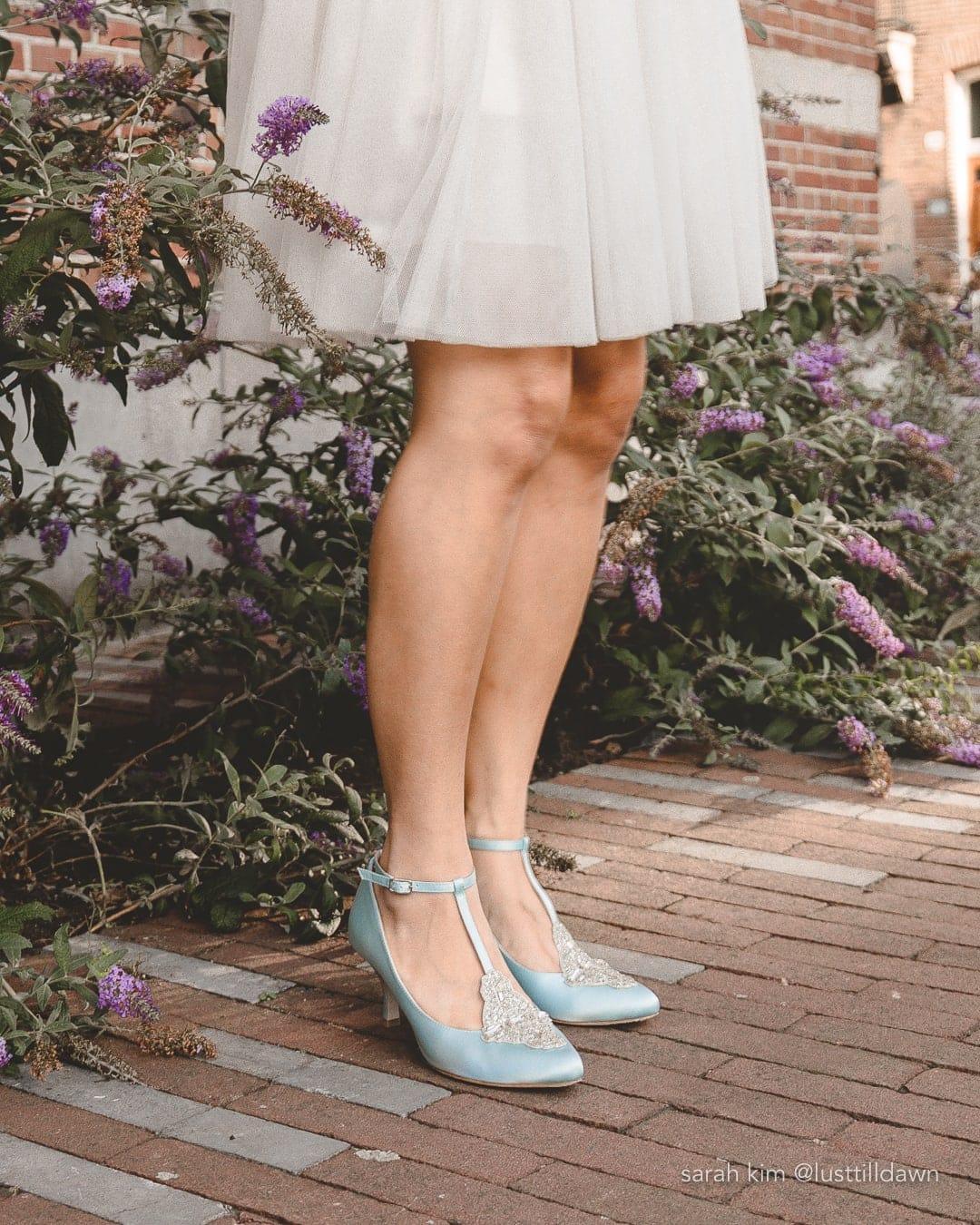 wide width wedding shoes bella belle art deco light blue wedding shoes
