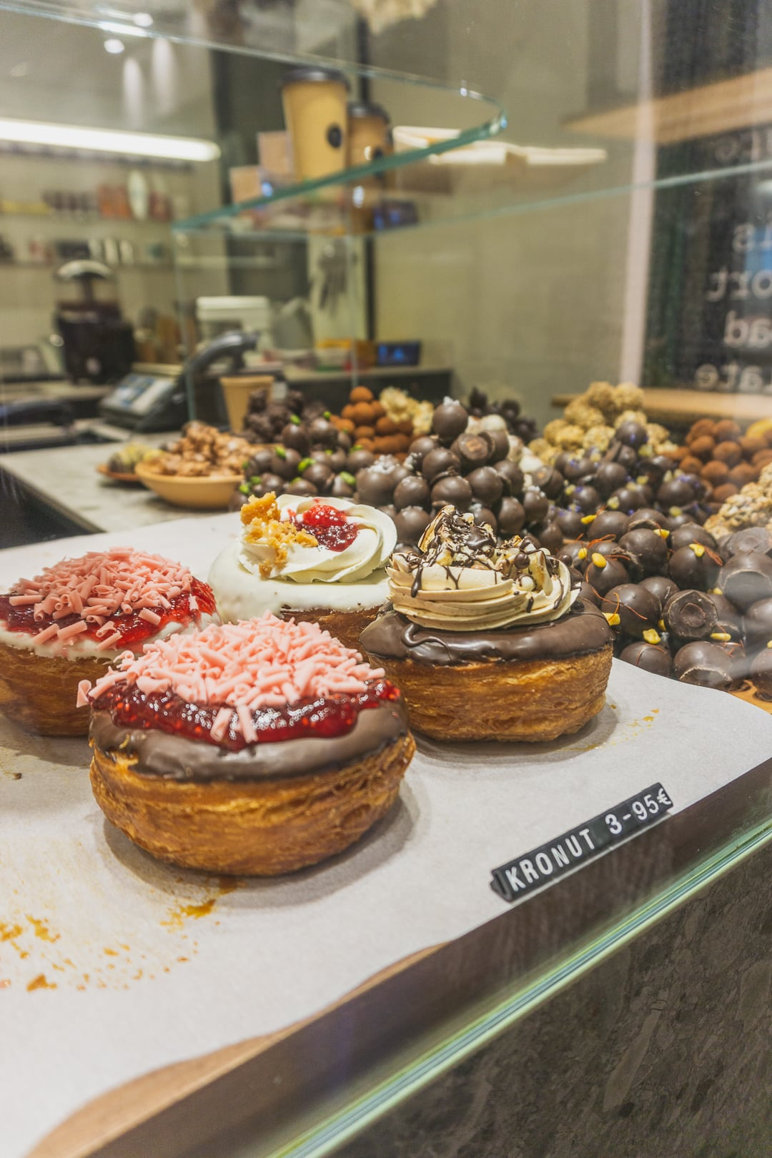 chok donut in barcelona, restaurants in barcelona, spain