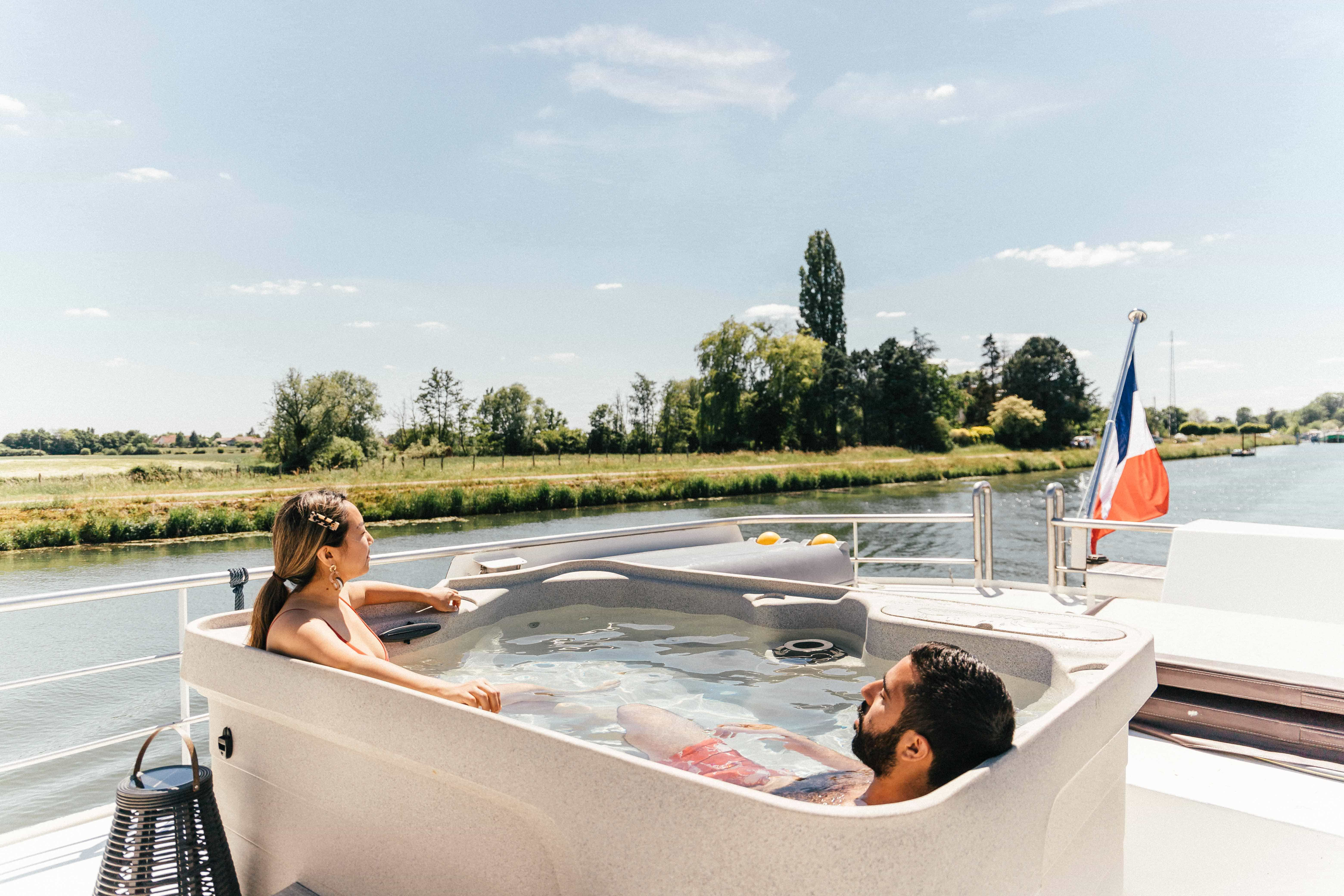 Jacuzzi of Grand Victoria Cruises, a luxury barge river cruise in France