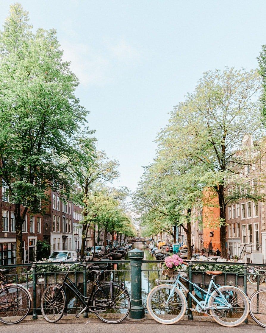 Amsterdam Instagram photos of the canals in Jordaan